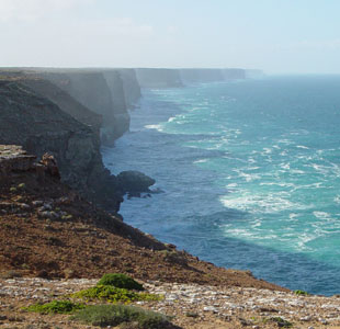 Photos of the Nullarbor Plain and Bunda Cliffs